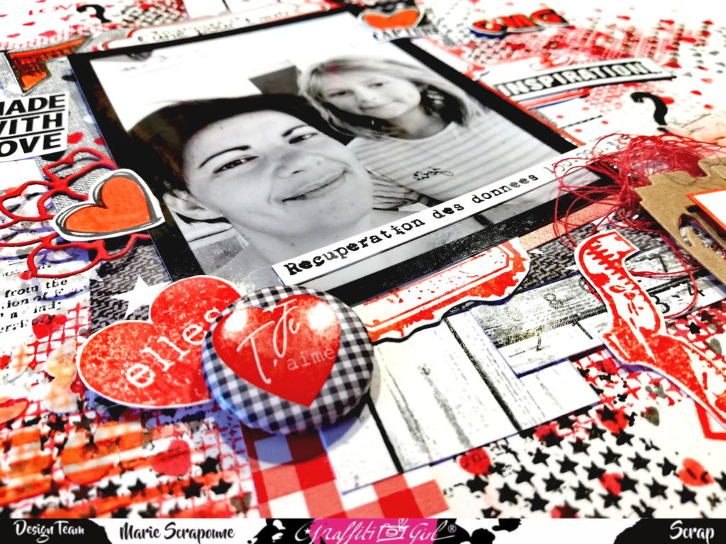 Page scrapbooking, freestyle, graffiti'girl, mariescrapoune, Pour la création de celle ci j'ai utilisé : Les planches de tampons : Destroy , Soeurs , Delicatesse , Textures , Stick , Scrap Texte , BD , Les papiers : Mise au point , Intemporelle Les dies : light , Argentique , Shoot Love , Fleur Embellissement bois : School ,  Badges : Intemporelle Stickers : Urban Scrap  Encres : Distress Oxide Un peu plus de détails si dessous :